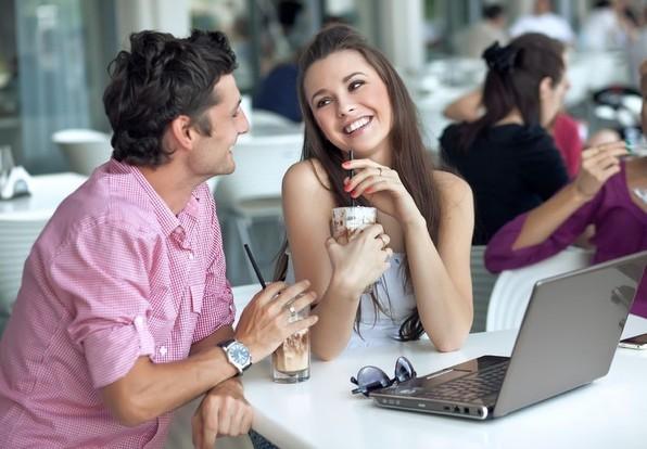 Порно знакомство в кафе